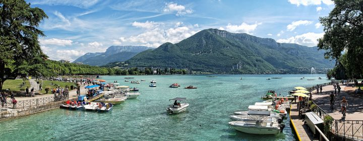 Meer van Annecy: gletsjermeer van het zuiverste water