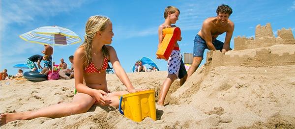 Zandkasteel bouwen - campingactiviteiten