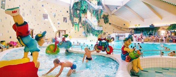 Indoor waterparadijs op Vakantiepark Prinsenmeer