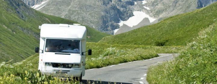 Autorijden in de bergen: hoe doe je dat?
