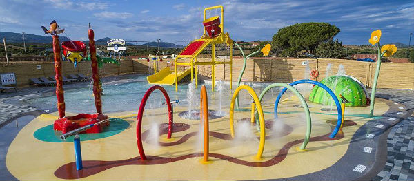 Water fun for children at Campsite Village Baia Blu La Tortuga