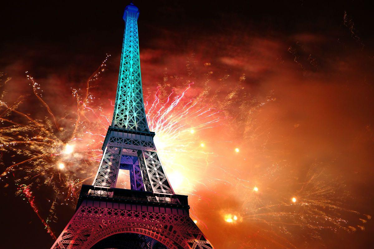 De Franse Revolutie wordt ieder jaar feestelijk gedacht, bijvoorbeeld met vuurwerk in Parijs