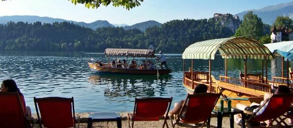 Bootje huren bij het meer van Bled