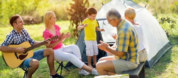 Gitaarmuziek op de camping