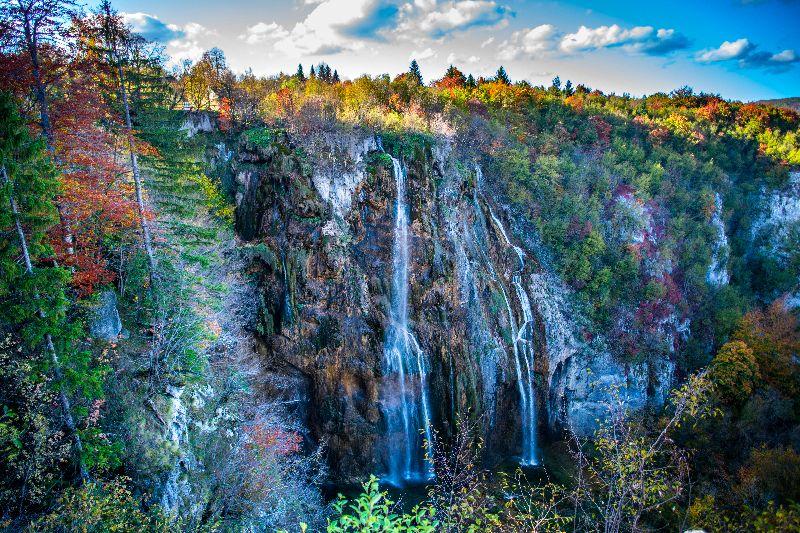 De grootste waterval van Nationaal Park Plitvicemeren: Veliki Slap