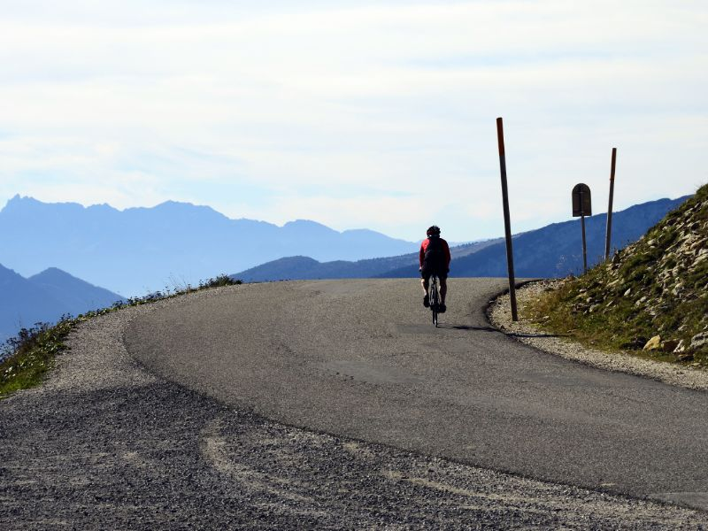 Cycling the 'voie verte' around Lake Annecy will not give you sore legs. But climbing one of the mountains around the lake, such as the Semnoz, is somewhat more challenging.